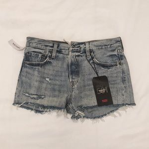 LEVI'S 501 Cut Off Shorts